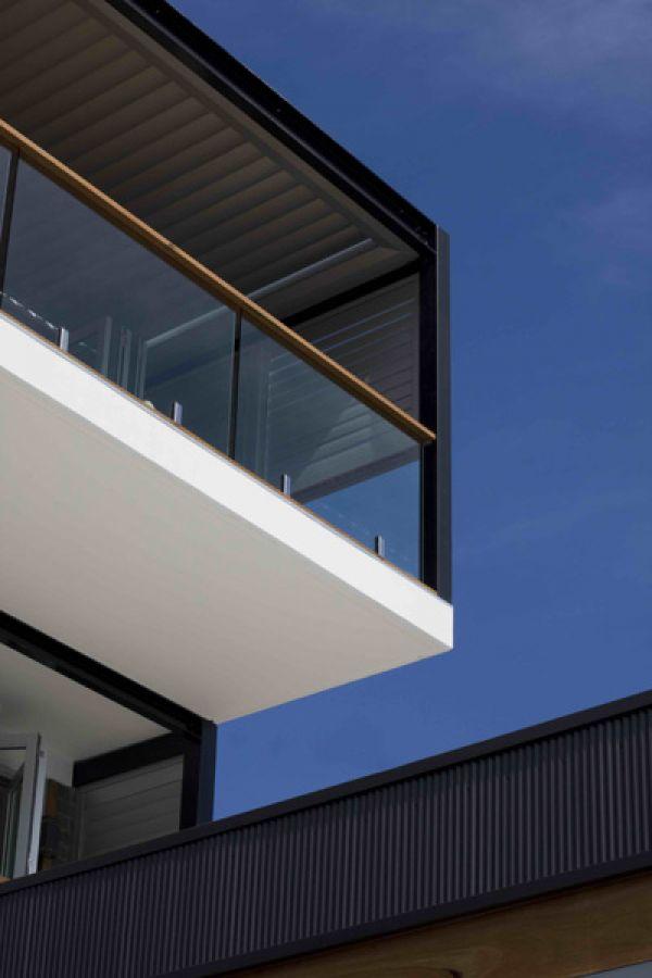 mcgowan-hia-balconies6C50F100D-C71A-9371-33A4-F1B7E28CFC26.jpg